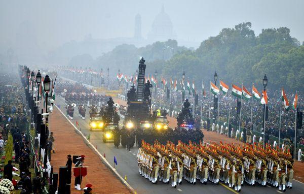 2017年1月26日,在印度新德里,印度士兵参加共和国日阅兵仪式。
