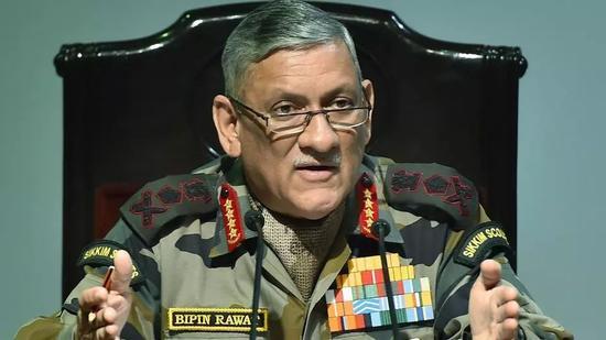 ▲印度陆军参谋长比平·拉瓦特(《印度斯坦时报》网站)