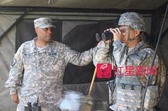 ▲余轶迪(右) 受访者供图