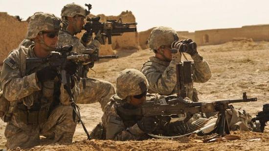 资料图片:驻阿富汗美军在前线作战。(图片来源于网络)