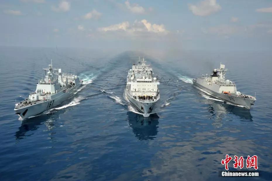 波澜壮阔70年,人民海军正青春!