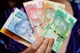 """穆迪分析师称下调南非信用评级""""可能性较低"""""""