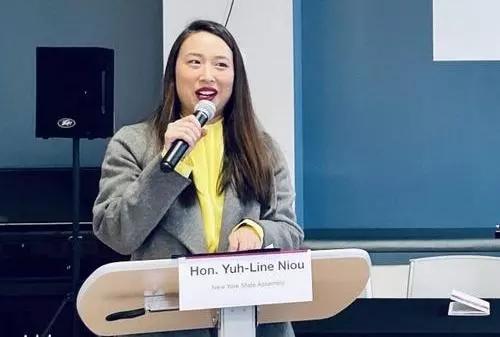 美国纽约州众议会华裔议员牛毓琳分享自身心得,鼓励有意从政的华人。(美国《世界日报》/郑怡嫣 摄)
