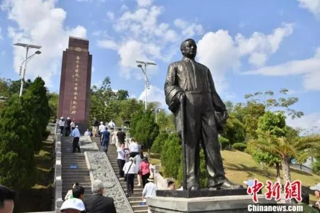云南畹町南洋华侨机工回国抗日纪念碑。资料图