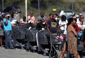 """南非经济学家:疫情""""封锁令""""延长将对经济产生巨大负面影响"""
