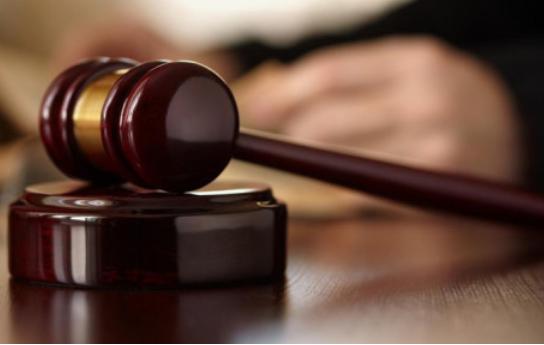 索韦托一母亲因谋杀儿子和女儿未遂被判20年监禁