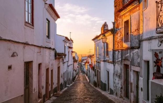 南非人正在抢购葡萄牙的房产 获得欧盟居住权的捷径