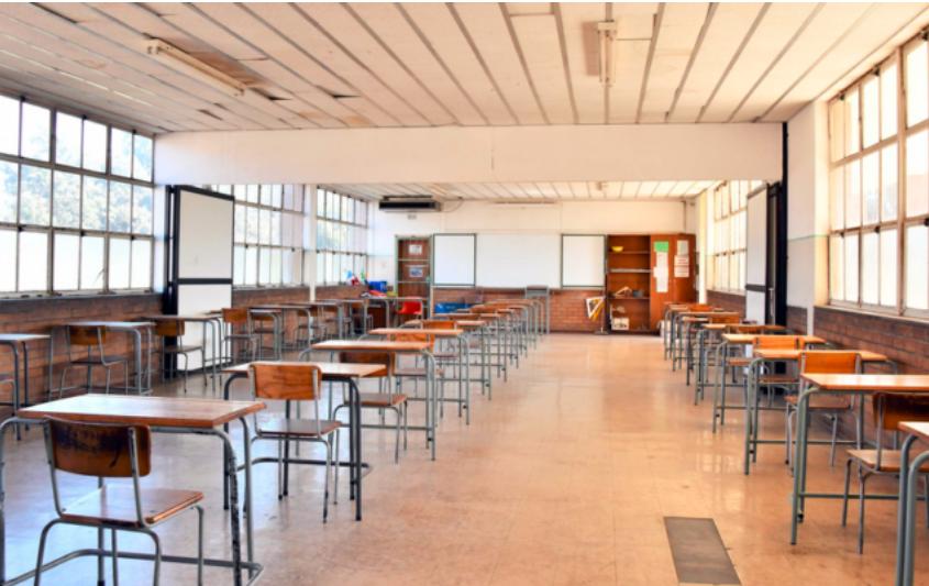 南非政府正在讨论对学校进行封锁