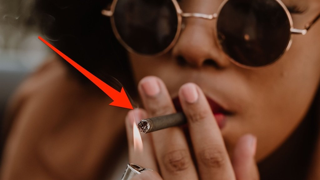 Ace & Axel's smokable CBD hemp cigarette