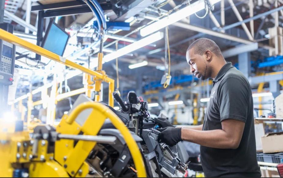 南非制造业增长强于预期,但第三波疫情的危机感始终压迫着