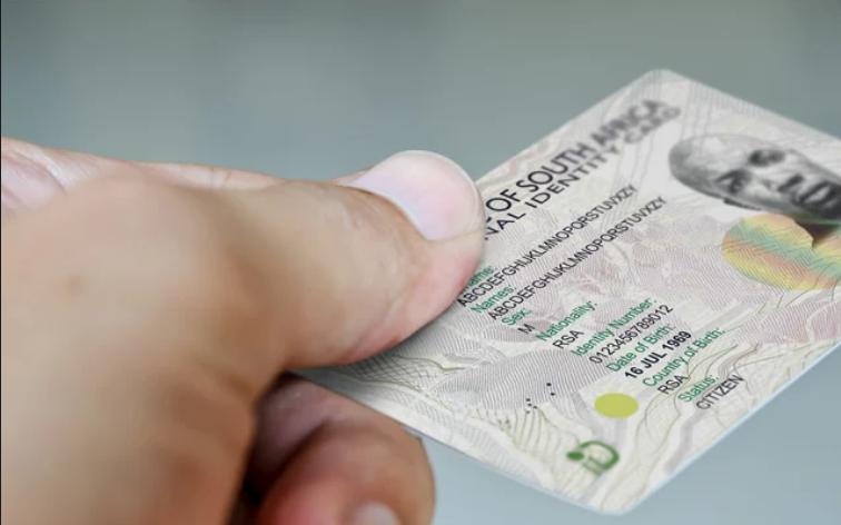 """南非正在开发Covid-19疫苗""""ID系统""""——它将如何发挥作用"""