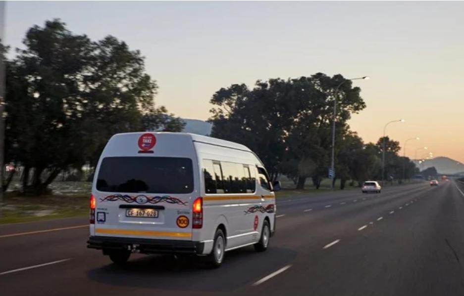 为什么南非的出租车可以满载而归,而航空公司却不得不封锁一些座位