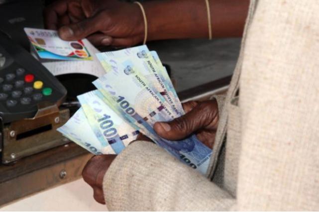 加薪加薪!南非地方政府协会提议将市政工人的工资提高2.8%
