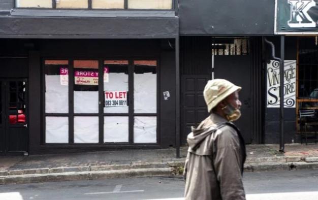 经济学家表示,南非一周的骚乱和抢劫可能导致5万个工作岗位流失